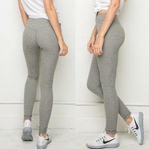 Brandy Melville Jaycee gray knit leggings
